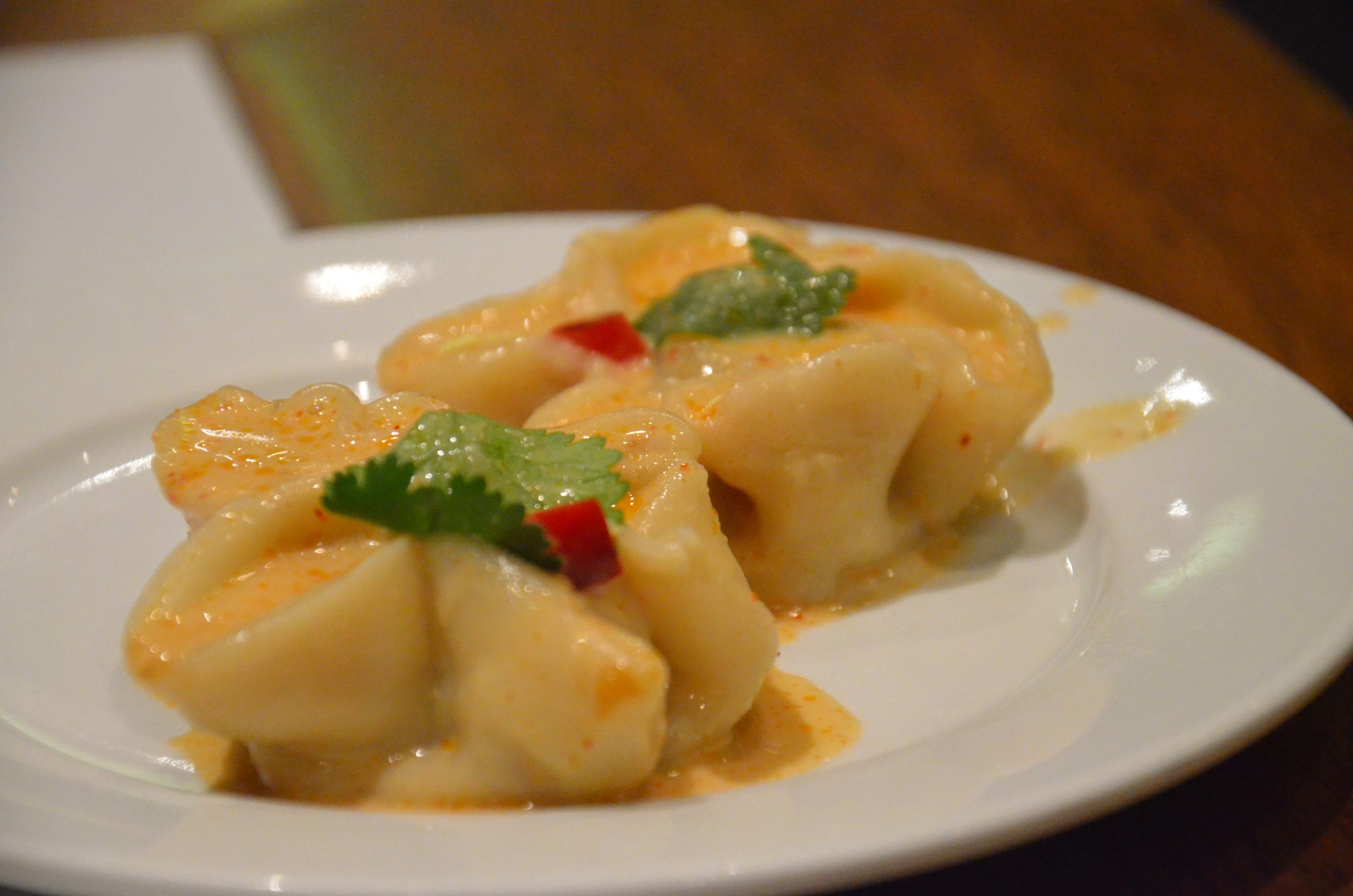Sea Star - minced prawn, squid and chicken dumplings in a red curry sauce.